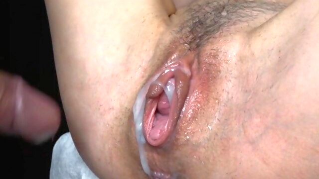 SHE SQUIRTS,.. cumshot hardcore squirting